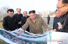 Nhà lãnh đạo Triều Tiên thị sát công trường xây dựng chung cư ven sông