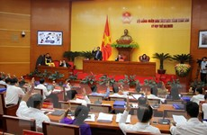 HĐND tỉnh Hòa Bình thông qua 24 nghị quyết về kinh tế và nhân sự
