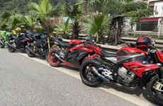Tạm giữ 9 xe môtô phân khối lớn đi trên cao tốc Hà Nội-Thái Nguyên
