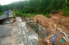Bình Dương: Cầu Lô 23 bị sụt lún khiến giao thông đình trệ