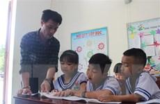 Chuyện về những người thầy tình nguyện ra dạy học ở Trường Sa