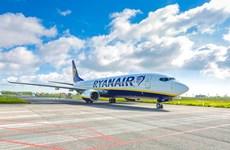 Máy bay của Ryanair hạ cánh khẩn cấp xuống Berlin do đe dọa có bom