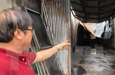Quảng Ngãi: Cháy lớn thiêu rụi một kho hàng chứa đồ nhựa