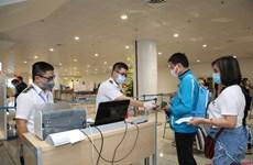 Xét nghiệm COVID-19 cho hành khách đến sân bay Rạch Giá, Phú Quốc