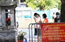 [Photo] Sỹ tử Hà Nội cầu may trước ngày thi tốt nghiệp THPT