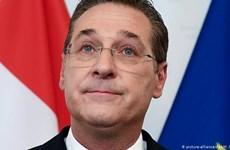 Cựu Phó Thủ tướng Áo bị đưa ra xét xử với cáo buộc tham nhũng