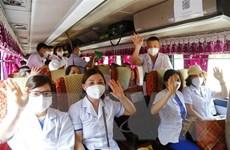 Nhiều y, bác sỹ lên đường hỗ trợ TP.HCM, Bình Dương chống dịch