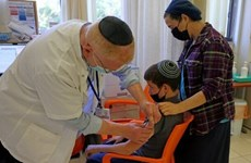 Israel cho phép tiêm vaccine phòng COVID-19 cho trẻ em 5 đến 11 tuổi