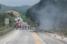 Cháy xe đầu kéo trên cao tốc Nội Bài-Lào Cai, một người tử vong