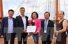 Kiều bào tại Đức tích cực quyên góp, hỗ trợ chống dịch ở Việt Nam
