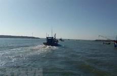 Nam Định: Tìm kiếm ngư dân mất tích khi đánh bắt cá bằng cà kheo