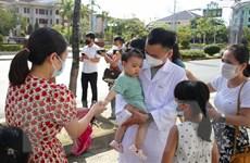 Các địa phương tiếp tục cử cán bộ y tế vào miền Nam chống dịch