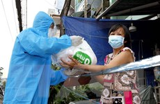 TP.HCM: Chăm lo tốt hơn cho người dân để sớm đẩy lùi dịch bệnh