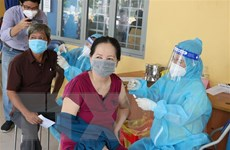 Số ca mắc trong cộng đồng vẫn cao, các địa phương tăng tốc tiêm chủng