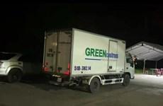 Vụ 'thông chốt' bằng xe đông lạnh: Phối hợp đưa 15 người về địa phương