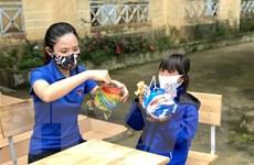 Mang Trung Thu vui tươi, đầm ấm tới thiếu nhi vùng dịch ở Đà Nẵng