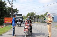 Quảng Ninh, Tiền Giang mở lại hoạt động ở một số địa phương