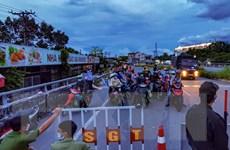 Giải quyết tình trạng người dân về quê bị kẹt trên Quốc lộ 1A