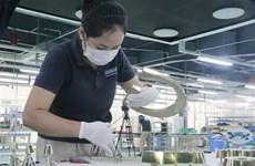 Hỗ trợ doanh nghiệp, người lao động vượt qua khó khăn do COVID-19