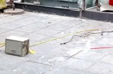Cây ATM ở phố Giảng Võ, Hà Nội bị kẻ gian phá tung