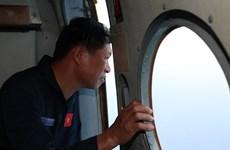 Chưa tìm được vật thể nghi mảnh vỡ máy bay Malaysia