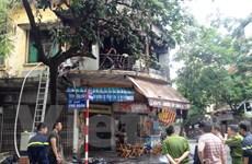 Hà Nội: Cháy lớn ở phố Phủ Doãn, 3 căn phòng bị thiêu rụi