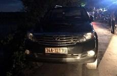 Hải Dương: Người dân đốt trụi xe Fortuner vì nghi bắt cóc trẻ em