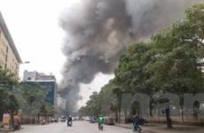 [Photo] Cháy cực lớn tại chợ Quang, Thanh Liệt, Hà Nội
