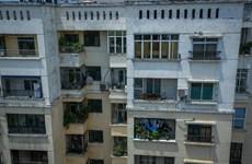 Lo ô nhiễm, người dân chung cư sát Rạng Đông ồ ạt rủ nhau 'sơ tán'