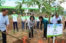 """""""Uống nước nhớ nguồn"""", Vinamilk trồng 100.000 cây xanh tại Bắc Kạn"""