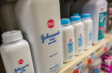 Những phán quyết mới trong vụ kiện phấn rôm của Johnson & Johnson