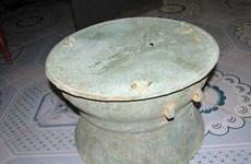 Bảo tàng tỉnh Sơn La tiếp nhận ba trống đồng cổ