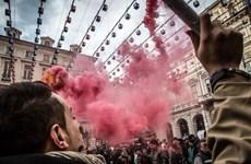 Cuộc biểu tình chống chính phủ Italy tiếp tục lan rộng