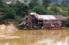 Tái diễn nạn khai thác vàng trái phép trên sông Gâm