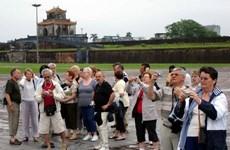 Hơn 320.000 lượt khách nước ngoài đến Cố đô Huế