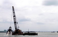 Khơi thông luồng Soài Rạp để đón tàu trọng tải lớn
