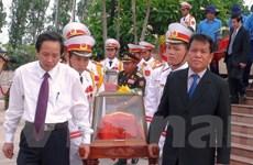 Truy điệu và an táng 32 hài cốt liệt sỹ hy sinh tại Lào