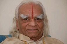 Nhà truyền bá bộ môn yoga BKS Iyengar qua đời ở tuổi 95