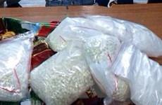 Bắt quả tang 2,8kg cocain qua cửa khẩu sân bay Tân Sơn Nhất
