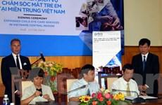 Hỗ trợ hơn 1 triệu USD chăm sóc mắt trẻ em tại miền Trung