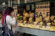 Thị trường giao dịch vàng thế giới sôi động bởi nhân tố Ukraine