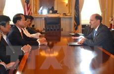 Phó Thủ tướng tiếp xúc với giới chức Quốc hội, doanh nghiệp Mỹ