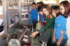 Triển lãm 200 bức ảnh về truyền thống Quân đội nhân dân Việt Nam