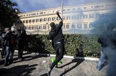 Italy tê liệt vì tổng bãi công phản đối cải cách trên toàn quốc