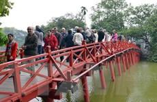 Các điểm tham quan ở Hà Nội thu hút đông du khách dịp Năm Mới
