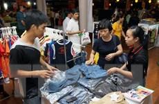 TP. HCM phát triển các điểm bán hàng bình ổn và hàng Việt