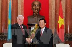 Chủ tịch Hạ viện Kazakhstan kết thúc thăm chính thức Việt Nam