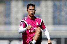 Cristiano Ronaldo chi 7 triệu euro ủng hộ nạn nhân động đất Nepal