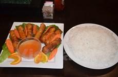 """Du khách dự """"Người châu Âu mới"""" thích thú khám phá ẩm thực Việt"""