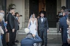 [Photo] Đám cưới con trai của huyền thoại bóng đá Maradona